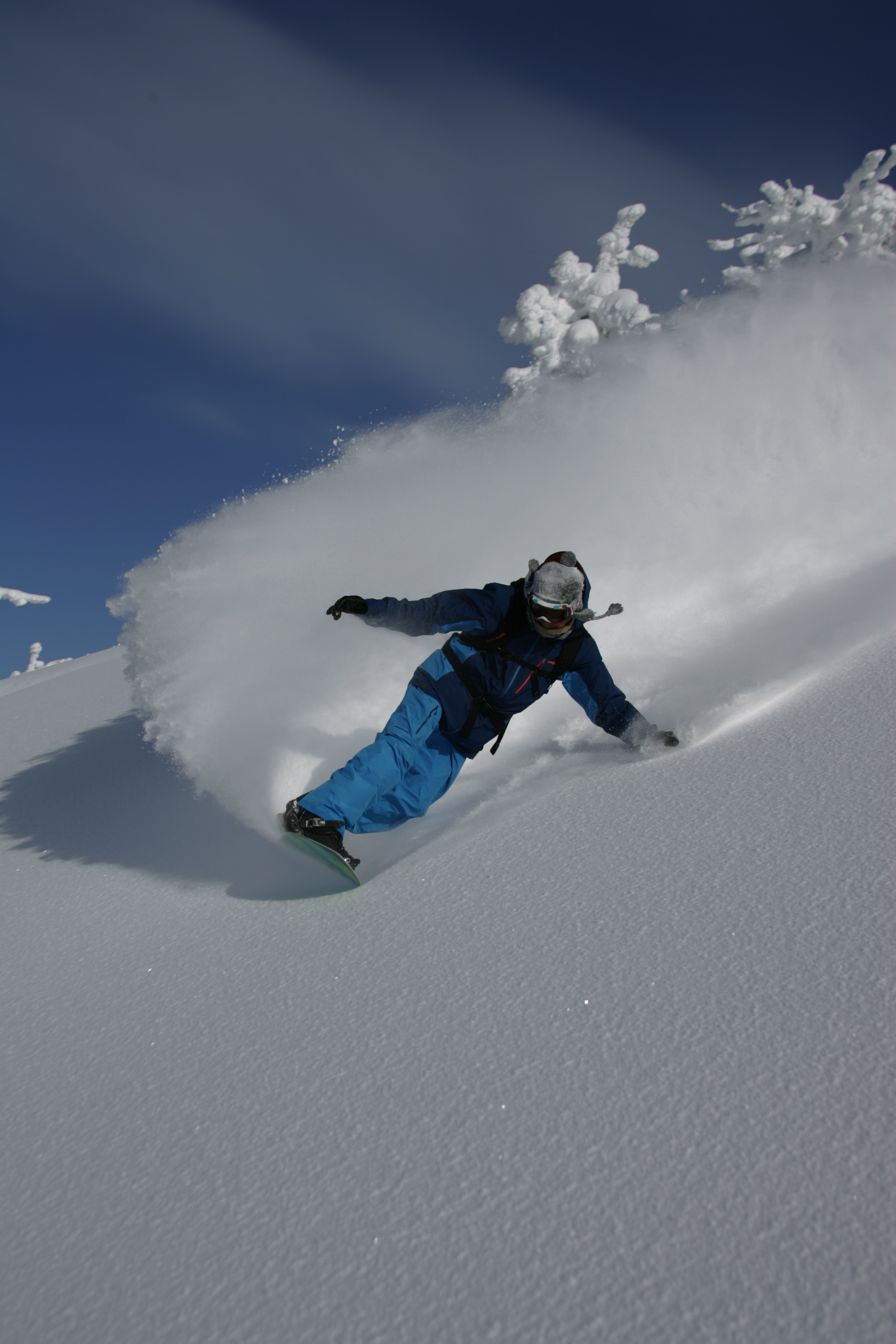 Gerry Lopez laying down a deep carve not unlike surfing at Mt. Bachelor. Photo: Kirk Devoll